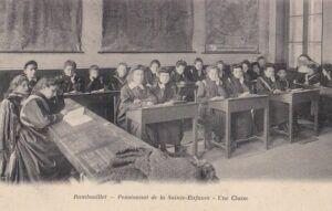 l'école de la Sainte-Enfance à Rambouillet